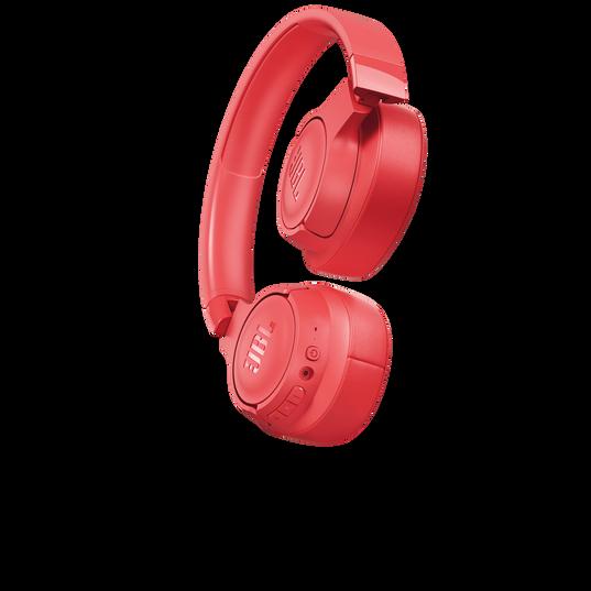 JBL TUNE 700BT - Coral - Wireless Over-Ear Headphones - Detailshot 1