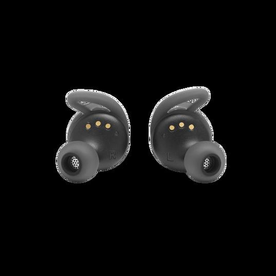 UA True Wireless Streak - Black - Ultra-compact In-Ear Sport Headphones - Detailshot 1
